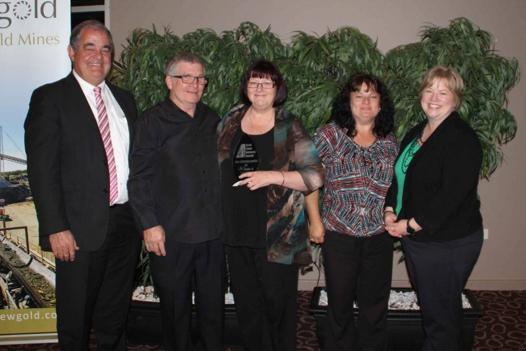 Guest speaker John Walkom, chair of Regional Development Australia Orana presented the Cobar Quilt Shop team of John and Colleen Flynn, Glenis Richardson and Sue Black with the 2015 Cobar's Most Outstanding Business Award at the Great Cobar Business Awards dinner on Saturday night at the Cobar Bowling & Golf Club.