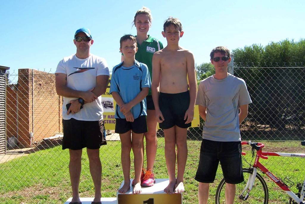 The CATS November handicap event winners Jay Yocke (2nd), the CRJ team of Josh Scott, Charlotte Young and Ryley Morley (1st) and Tristan Marshall (3rd).