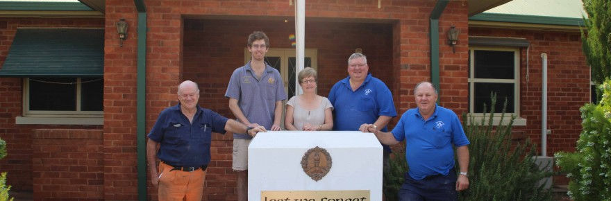 Cobar Masonic Lodge members Gordon Hill, Charlie Thompson, Tony Punzet and David Snelson helped to restore the Cobar War Memorial Hostel sign and the 'Lest We Forget' memorial sign last Thursday at the hostel. RSL Sub Branch treasurer Colleen Boucher was very pleased to see the new signs, which honour the memory of Cobar's soldiers.
