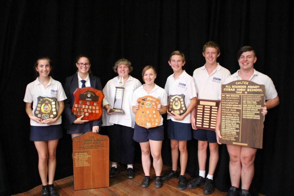 The Cobar High School held their end of year awards ceremony last Wednesday at the school. Among the perpetual award winners were Katherine Dennis, Niamh Urquhart, Stacie Lehmann, Jessica Nicholson, Owen Potter, Thomas Jones and Callum Sinclair.