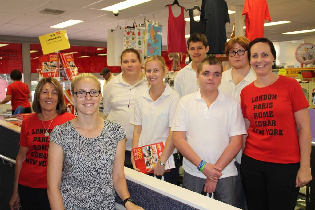 Cobar High School work studies class and teacher Alexandra Hernando visited local business Stationery Essentials last Thursday. Station Essentials manager Wendy Robinson and employee Tara Arnold spoke with the children about the ins and outs of running the business.