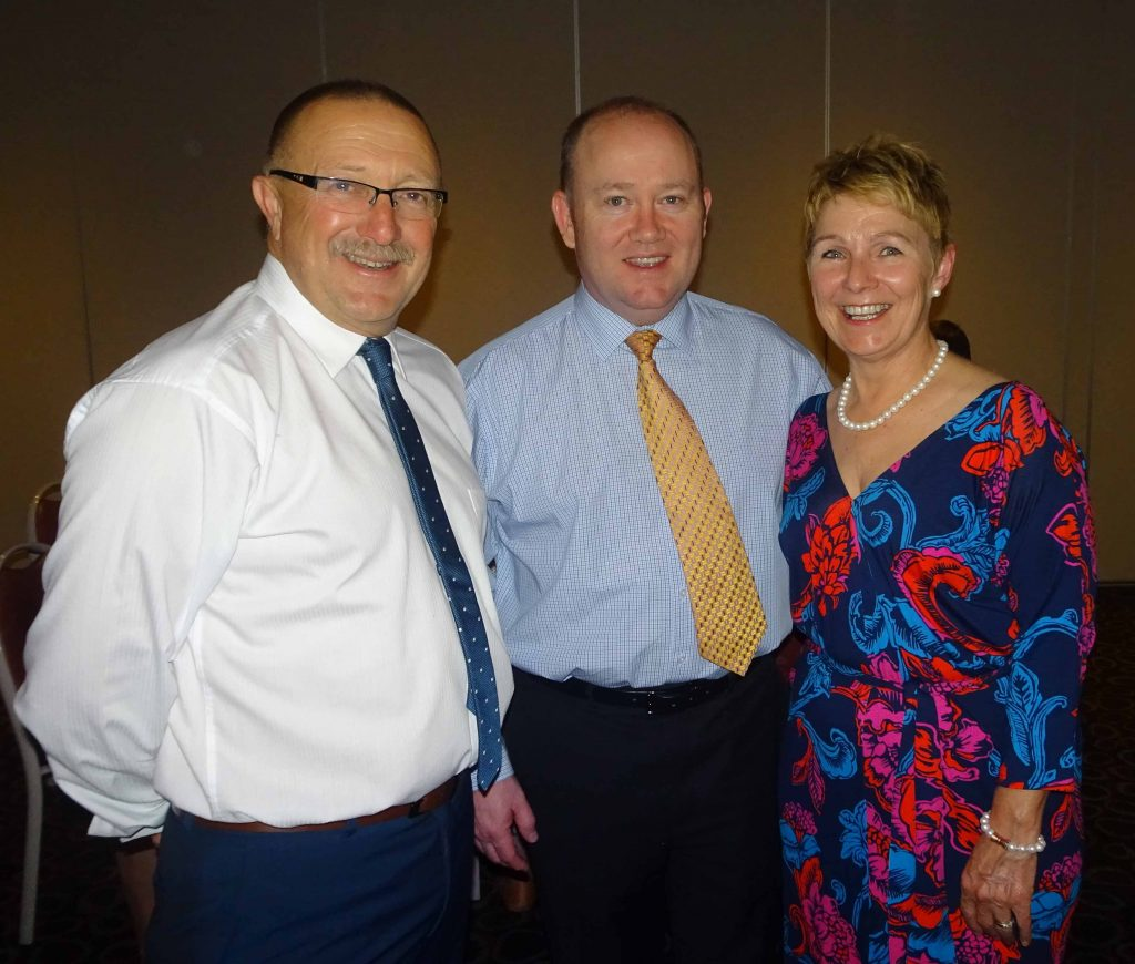 RFS Commissioner in Cobar for dinner to farewell two locals