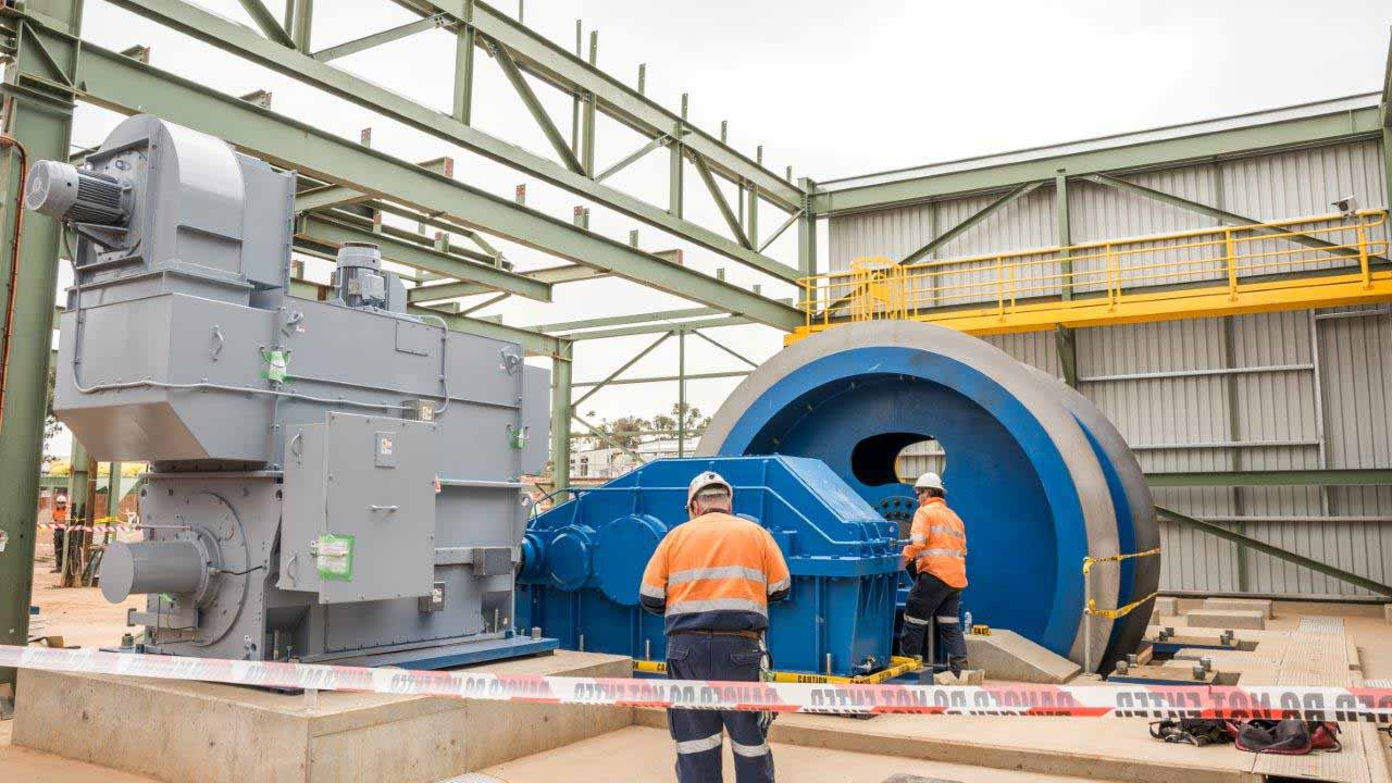 CSA Mine took delivery last Tuesday afternoon of a 50 tonne drum for the new winder for their No 1 Shaft refurbishment project.  Photo contributed