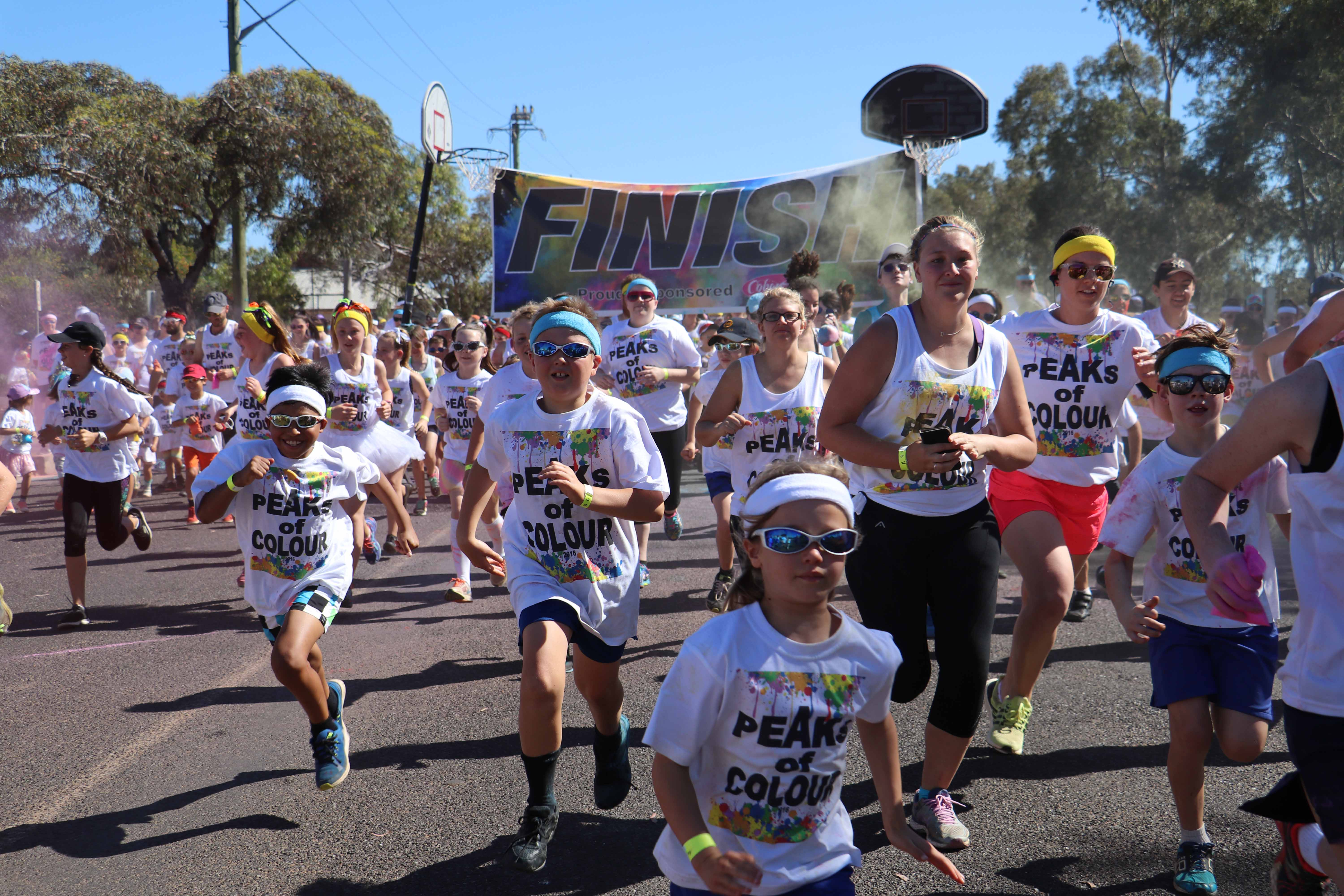 Saturday's 2016 Peaks of Colour Fun Run organised by the Cobar Youth Council proved once again to be a big drawcard on this year's Festival of the Miner's Ghost program. This year's run attracted 390 competitors of all ages. The fun run was one of a number of festival events to attract a good crowd with the Dust Bowl Fuel Burners' Show and Shine receiving a record 44 entries and the  Markets in the Park on Saturday afternoon at Drummond Park also attracting a large number of locals and visitors keen to grab a  bargain, taste some excellent food and be entertained by our local talented musicians. See Pages 24 and 25 of this week's edition for photos from all of the festival events or head to our website, www.cobarweekly.com.au, to see them in colour.