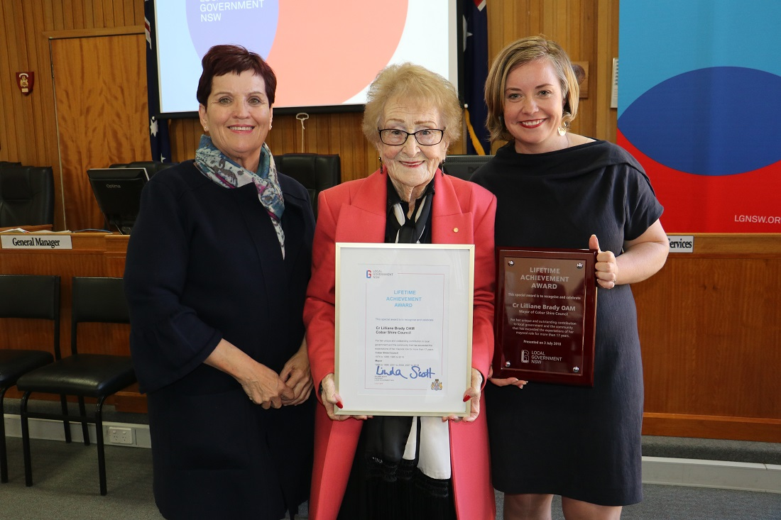 Local Government NSW Award for Lilliane Brady with Darriea Turley and Linda Scott