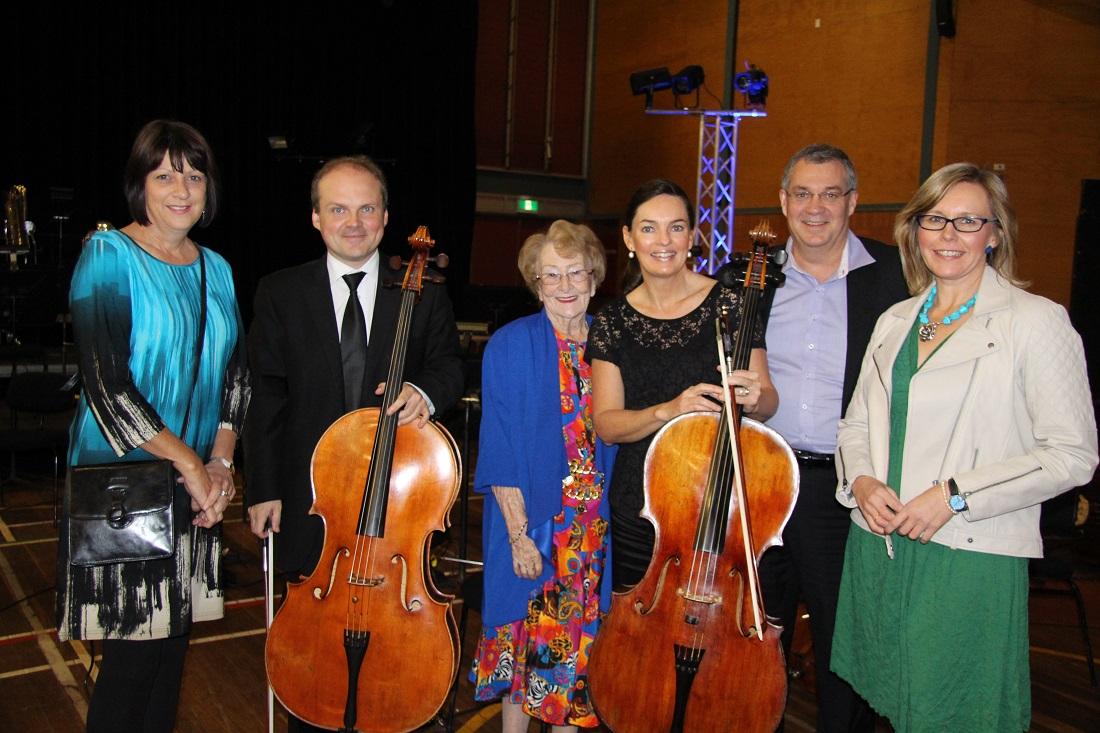 SSO evening concert Tracey Kings, cellist Henry Varema, Mayor Lilliane Brady, principal cellist Catherine Hewgill, Gary Woodman and Kylie Harvey