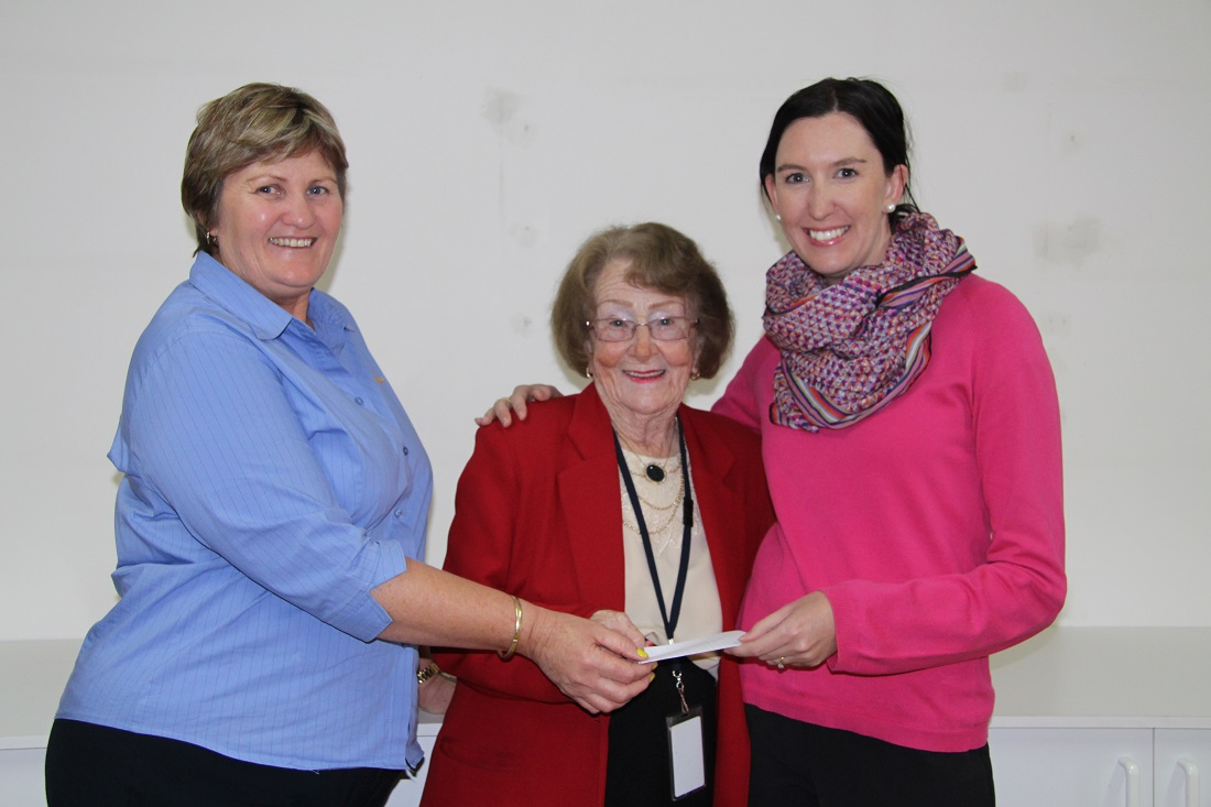 Cobar Market Association Donates to Mayoral Chest Jo-Louise Brown, Mayor Lilliane Brady and Michelle Maidens