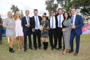 b print Cobar Races large group with Gianni (62)