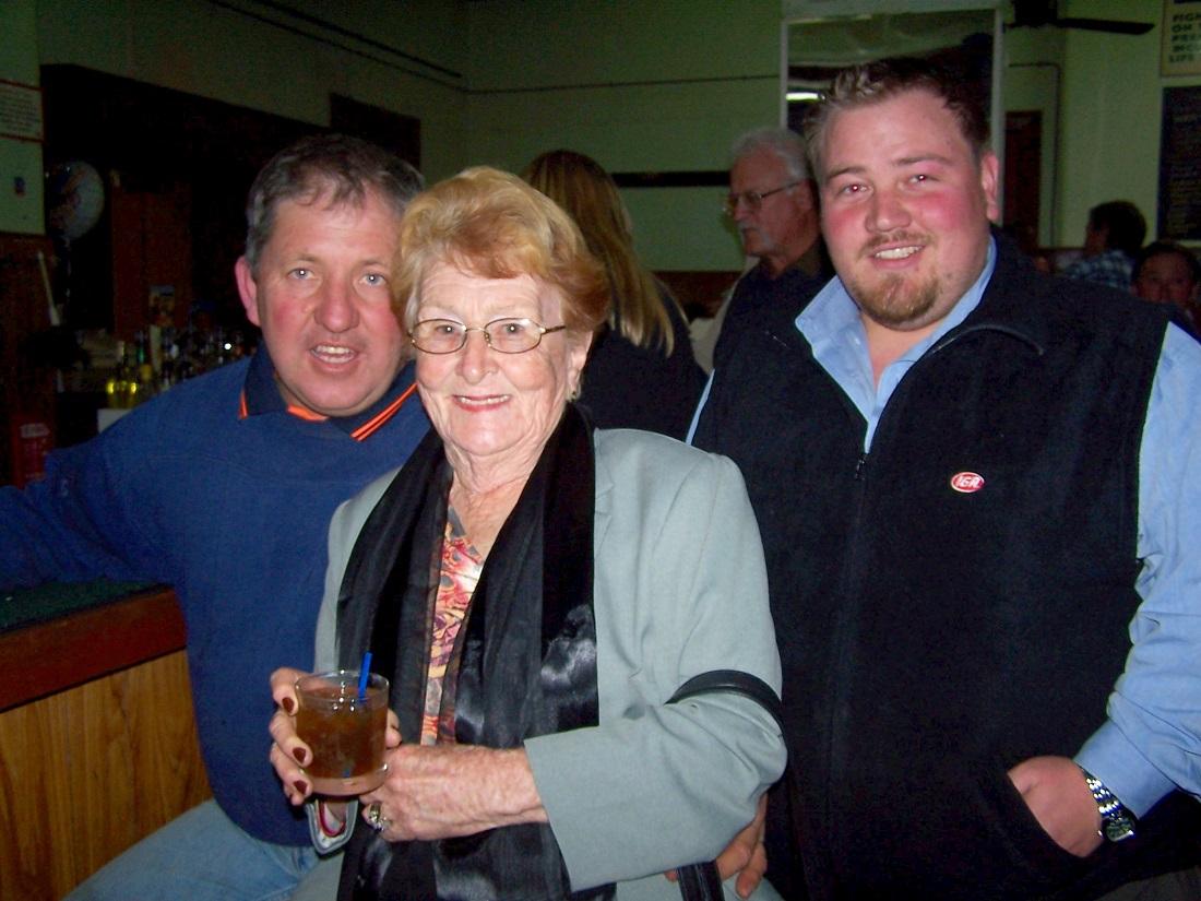 GW Hotel – Brian Morriss, Lilliane Brady & Ben Machel – 26 July 2006